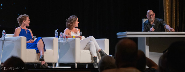 Tara Rosling and Janet Kidder