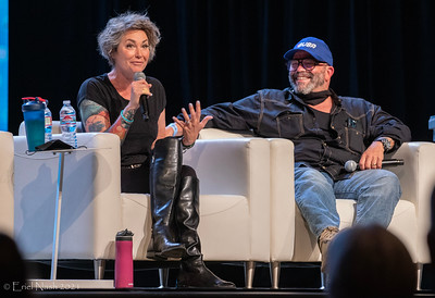 Kim Rhodes and Lee Arenberg