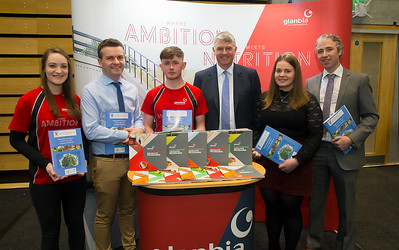 09/03/2019. Pictured at the Waterford Institute of Technology Science Careers Day. Pictured are Michael Breen WIT, Susan Queally, Grad prog officer, Edward Colgan Agri Business Associate, Jim Bergin Glanbia, Michelle Ward who joined the graduate programme last sept and Tony Woodcock WIT. Picture: Patrick Browne