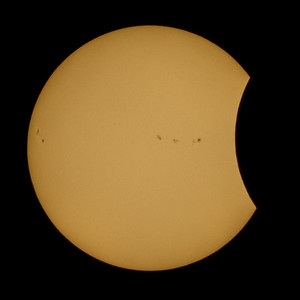 Eclipse Photos with Orientation Adjustment