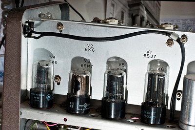 The three tubes on the left constitute the amplifier, and the far right tube is a rectifier. This oscillator uses two 6K6 tubes in push-pull configuration.