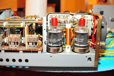 Tube finals (hence 'hybrid' transceiver)
