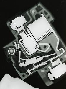 Circuit breaker, original.