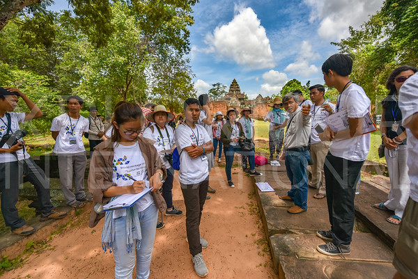 World Heritage Volunteers Program - Angkor