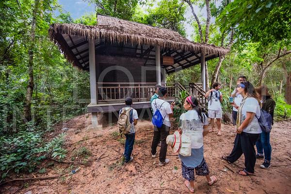 WH Volunteers at Baray of Preah Khan