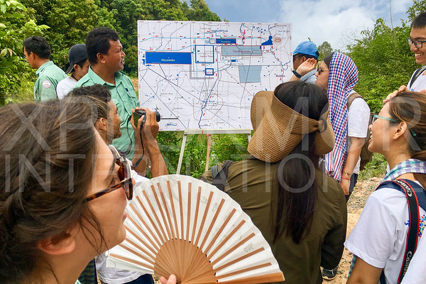 WH Volunteers at Preah Khan