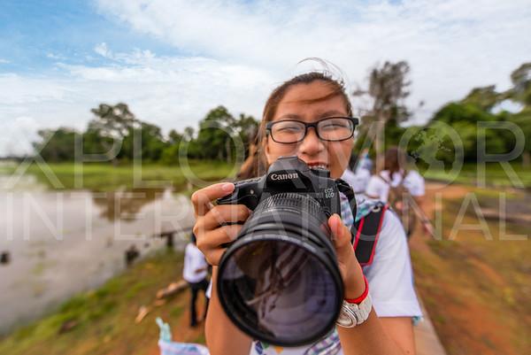 WH Volunteers at Neak Poan