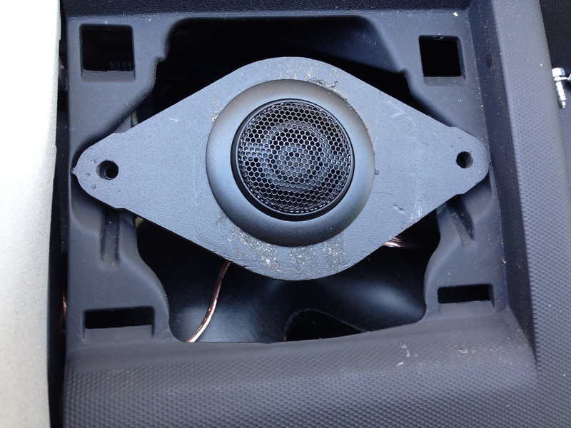 """Aftermarket tweeter and tweeter adapter   from  <a href=""""http://www.car-speaker-adapters.com/items.php?id=SAK012""""> Car-Speaker-Adapters.com</a>    test fitted to vehicle"""