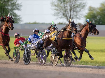 Coral Reef Hanover, Play For Pay, Drama Act, The Bethinator