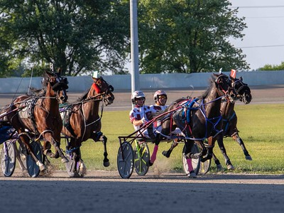 Velocity Lady, Lacey, Itsmachmeitsyou, Fancy And Fast