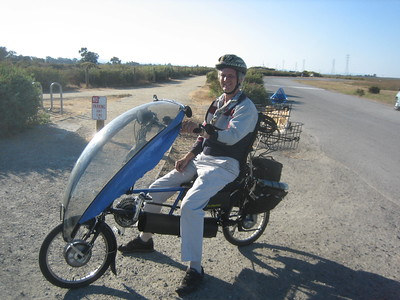 This bicycle caught my eye at the Palo Alto Baylands in September 2008.  Mike Saari was happy to show it off.
