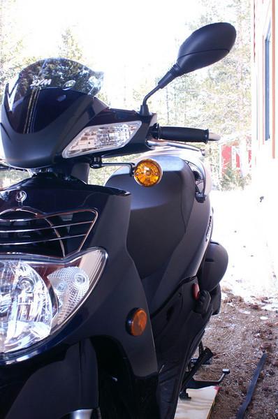 Nice sleek scooter ... like a gazelle, with a mask