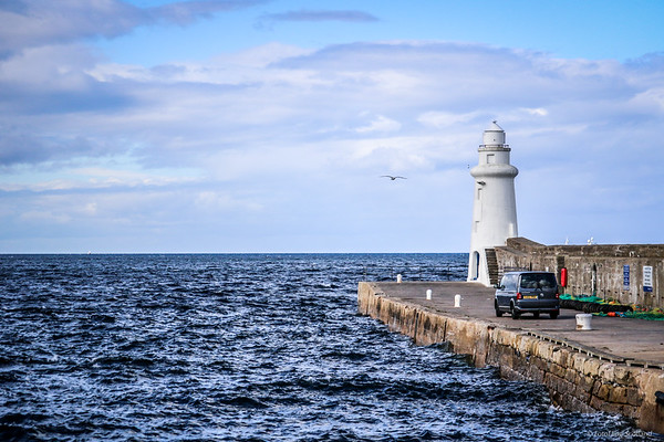 Macduff Harbour & Lighthouse