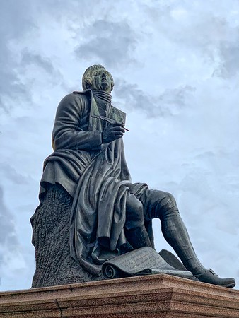 Statue of Robert Burns - Dundee