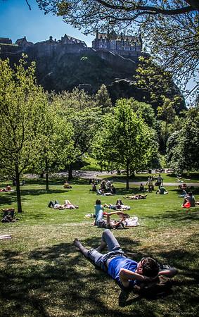 A Sunny Day in the Heart of Edinburgh