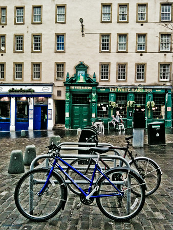 Cycles in the Grassmarket