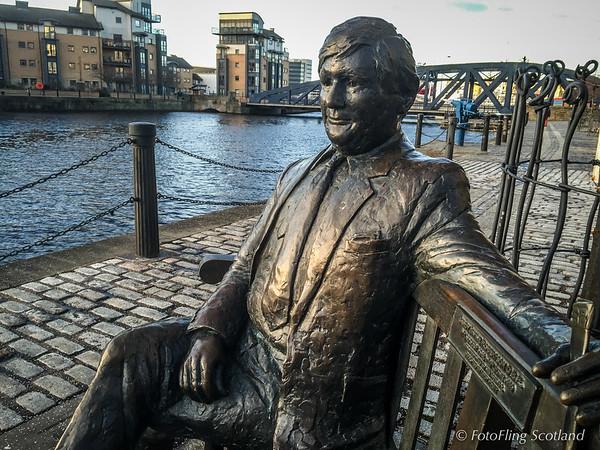 Sculpture of Sandy Irvine Robertson