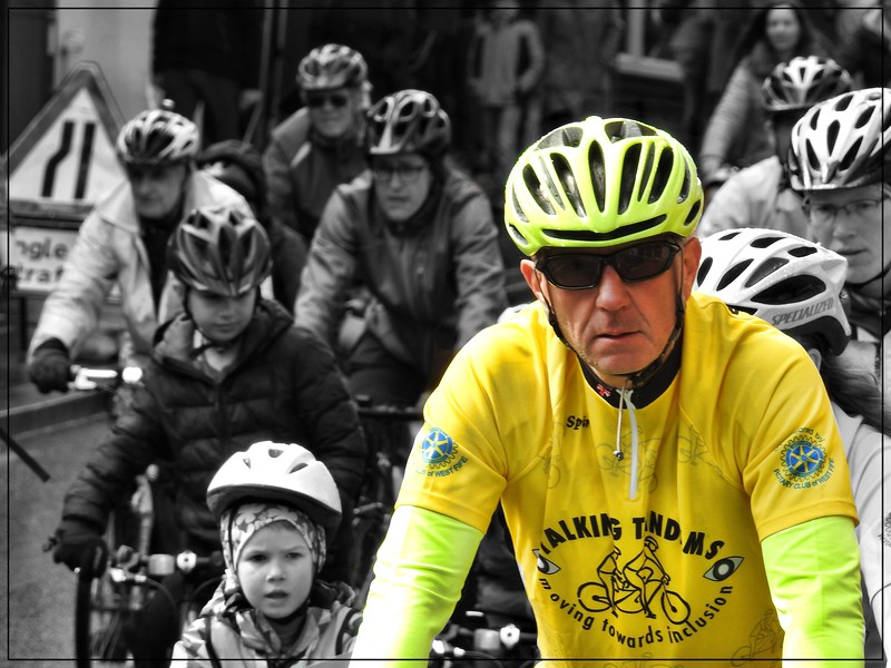The Yellow Cyclist