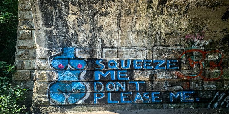 Squeeze Me - Don't Please Me!