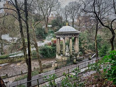 A Winter's Day in New Town Edinburgh