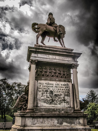 Memorial of Frederick Roberts, 1st Earl Roberts in Glasgow