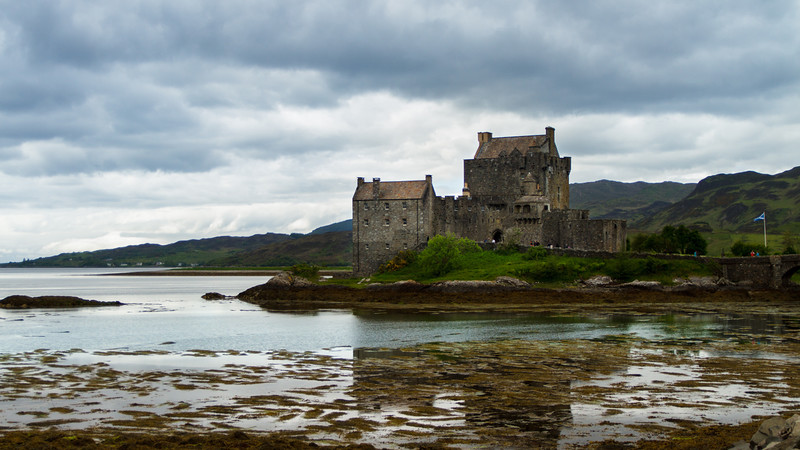 Scotland day-10 and 11 Neist, Dunvegan, Eilean Donan, Pny ride, Loch Ness