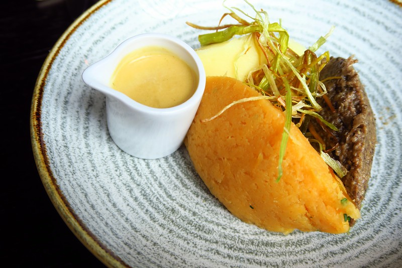 Haggis, neeps and tatties for lunch in Edinburgh, Scotland at Whiski Rooms