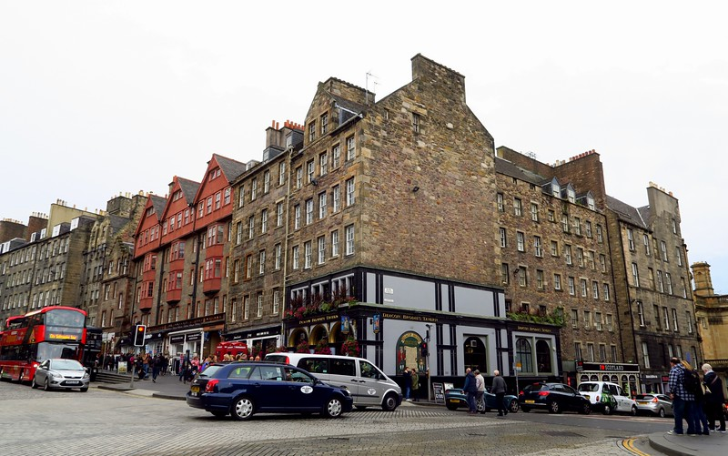 Where to Eat in Edinburgh's Old Town