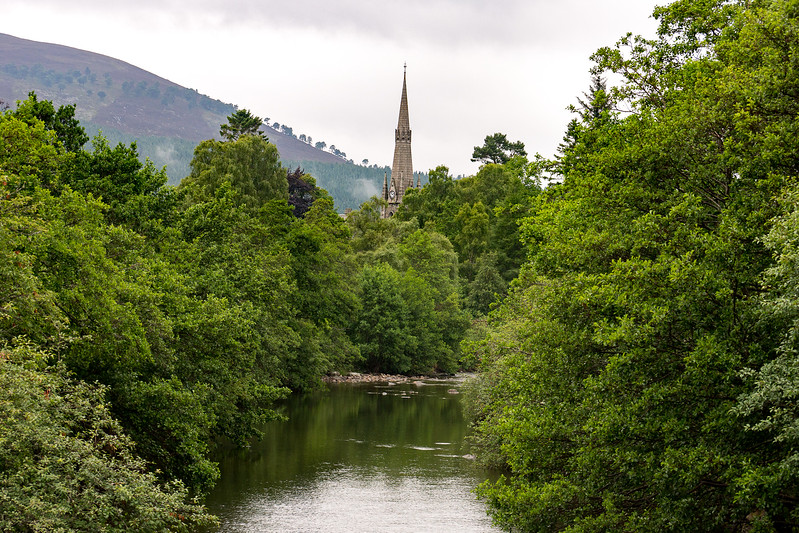 View toward Braemar from a bridge over the Dee River