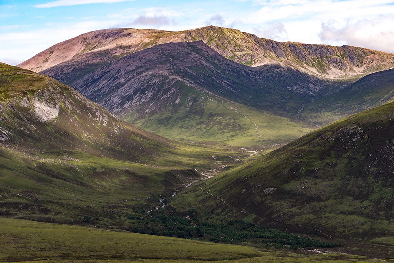 Great views of some spectacular glacial valleys