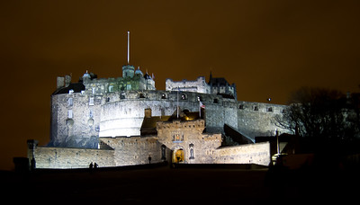 Edinburh Castle at night