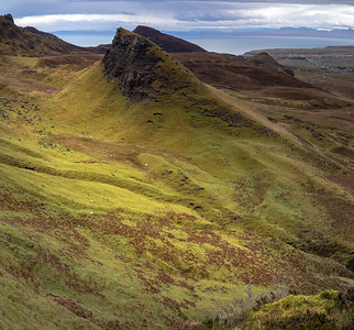 But it's the mountain vistas that are most striking on Skye