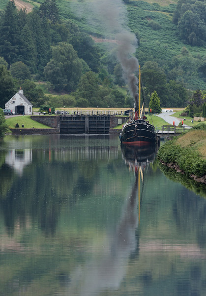 Puffer (supply ship) on Caledonian Canal