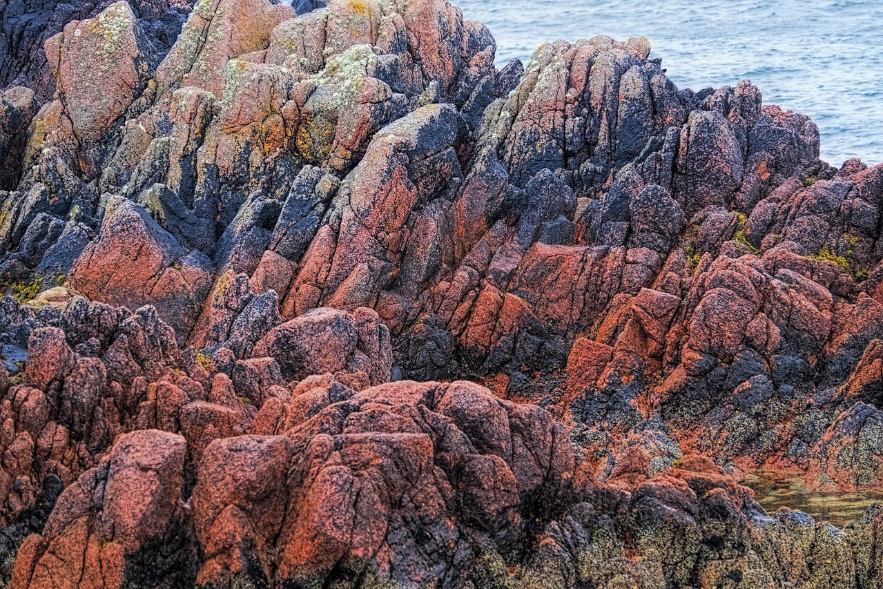 Colorful Rocks of Mull