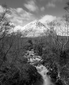 River Etive at the base of Buachaille Etive Mòr's Stob Dearg (1022 m)