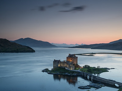 Castle Eilean Donan - the lights come on