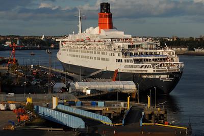 2008-10-08 Queen Elizabeth 2