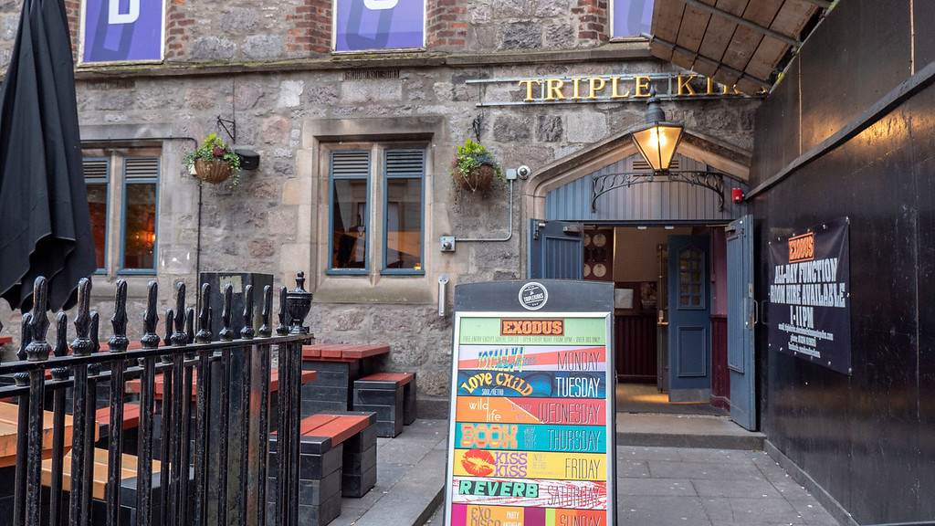 Exterior of Triplekirks Pub in Aberdeen Scotland