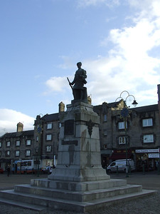 The war memorial at Houston Square