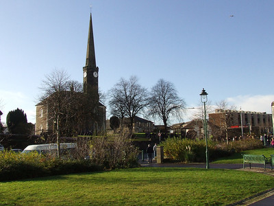 Ludovic Square and Johnstone High Parish Church