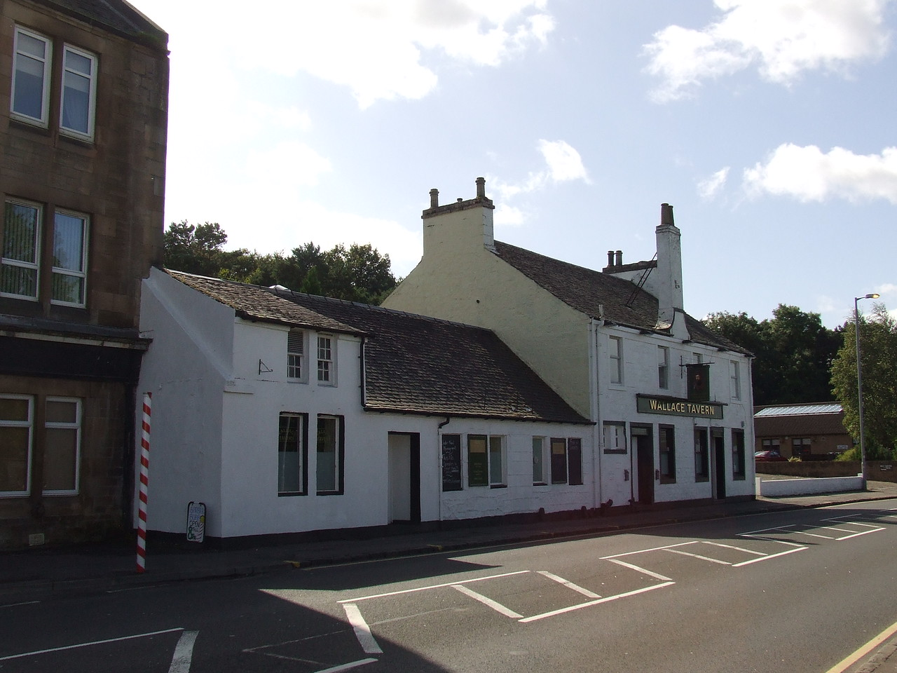 The Wallace Tavern in Main Road