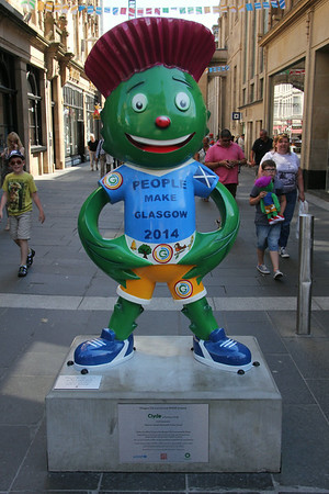Clyde in Buchanan Street. 25 July 2014