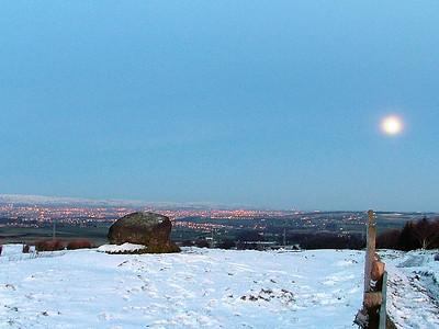 Eaglesham Snow - 25/6 December 2004