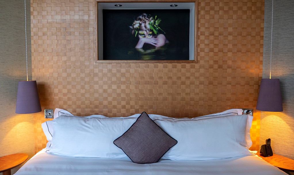 The Glasshouse Hotel in Edinburgh: The king sized bed in our room