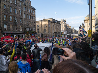 Torch making it's way up the Royal Mile