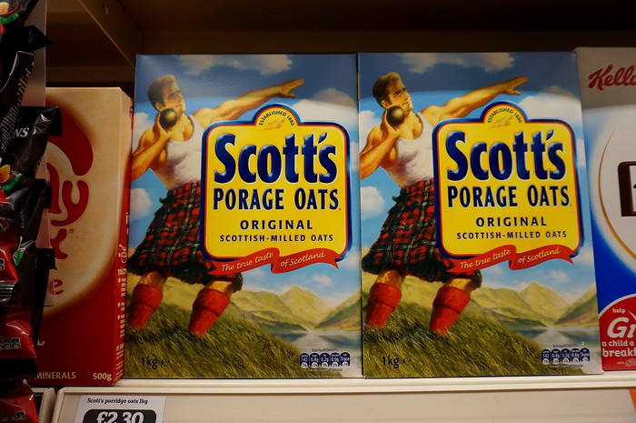 Scott's Porage Oats - it's not porridge.
