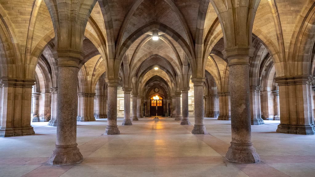Things to do in Glasgow: The Cloisters at University of Glasgow
