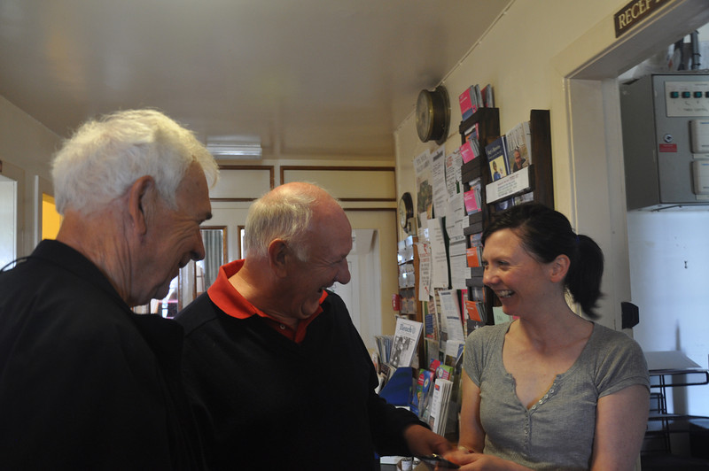 A former manager greets the new current manager of the Jura Hotel