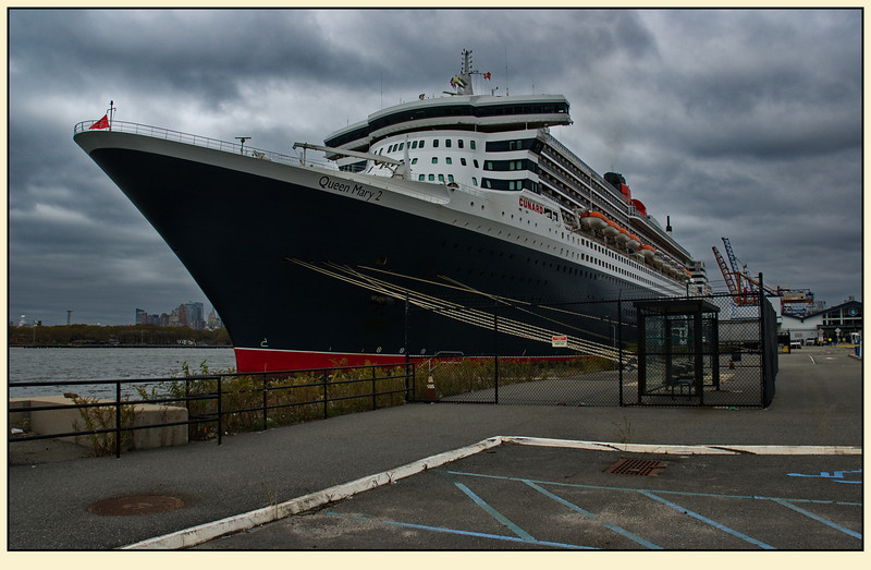 "28 Oktober 2012, QM2 pier (one day before ""Sandy"")"