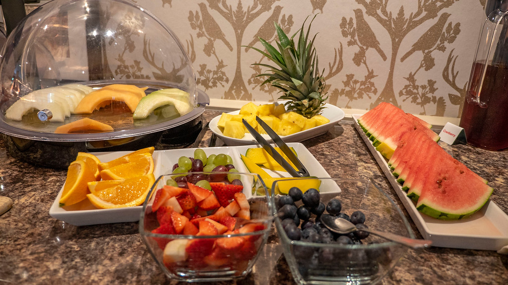 Abbotsford Lodge: Fruit at the breakfast buffet